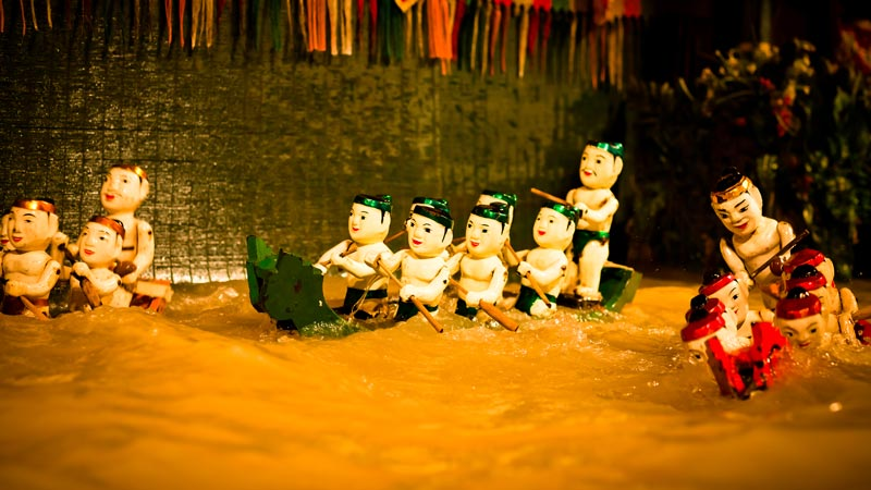 Golden Dragon water puppet show