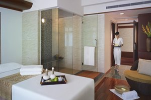 The Spa at New World Saigon Hotel