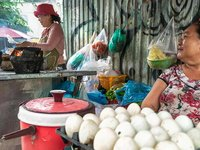 Best Street Food in Thao Dien