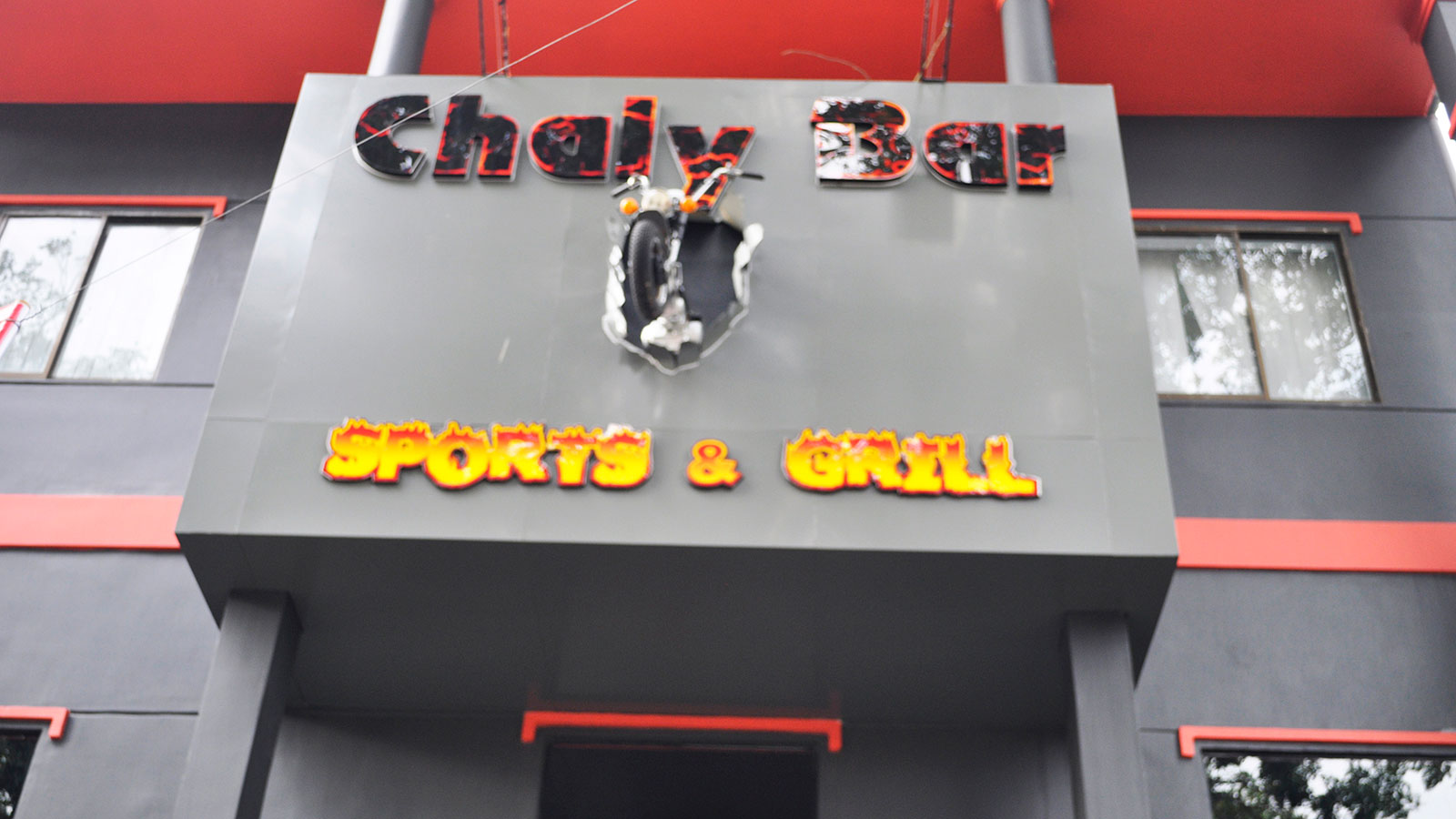 Chaly Bar Sport & Grill for westerners
