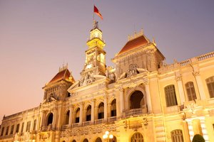 How to obtain a temporary resident card in Vietnam?