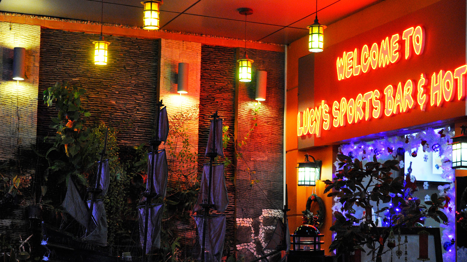 Lucy's Sport Bar in Vung Tau
