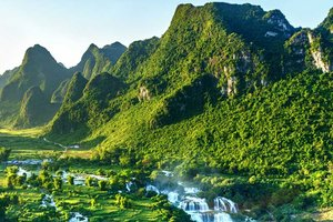 Vietnam from North to South; a Quintessential Guide