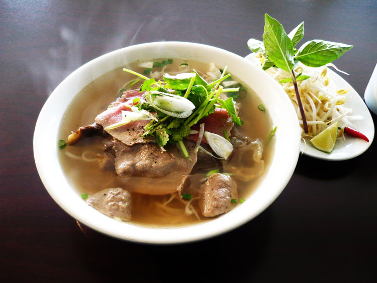 Pho Bac Hanoi Top 5 Dishes Must Eat
